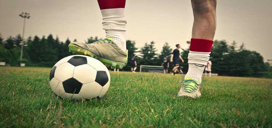Quel est le rôle d'un directeur sportif dans un club de foot ?